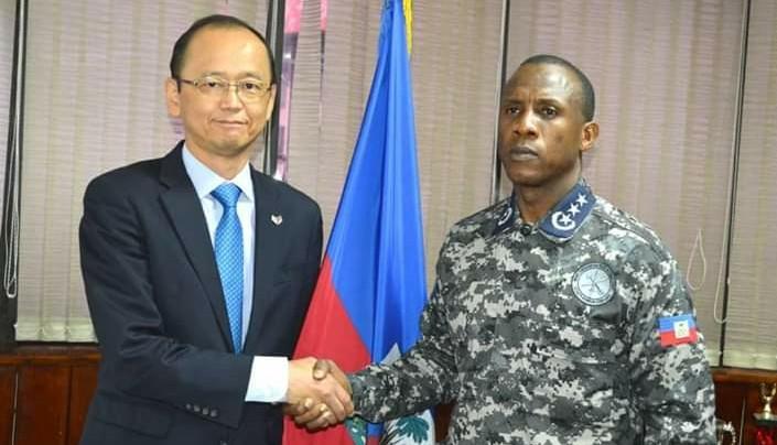Visite de courtoisie de l'ambassadeur du Japon au DG A.I de la PNH