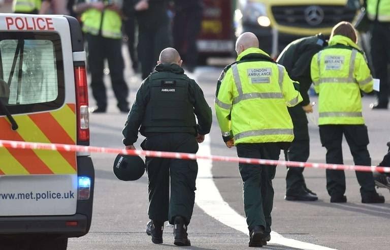 🔴Urgent   Plusieurs blessés en Angleterre suite à une attaque dans un centre commercial