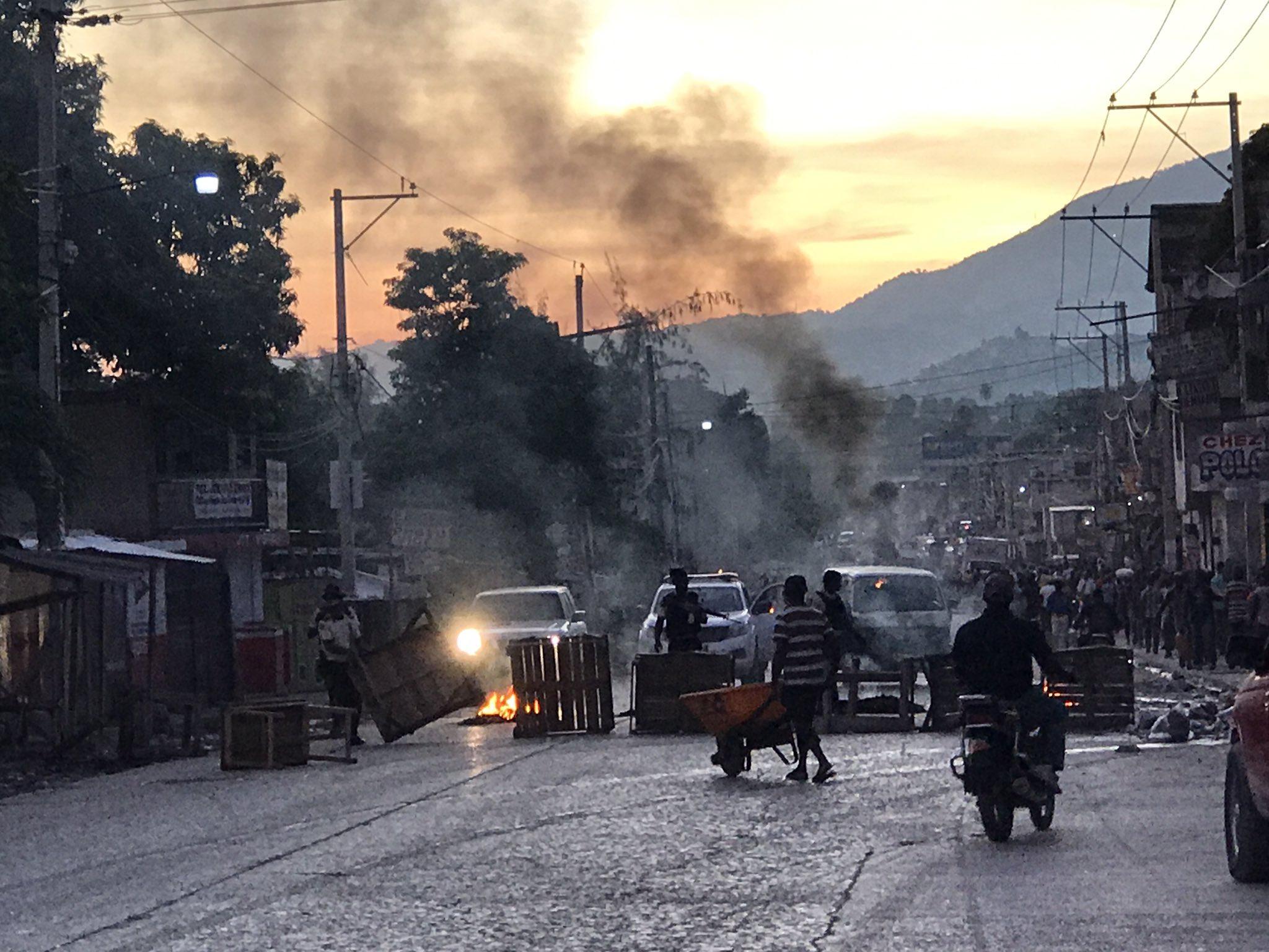 Encore une journée de tension à Port-Au-Prince