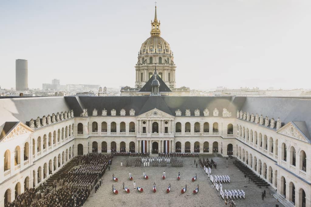 En France, Hommage National aux 13 Soldats français morts la semaine dernière au Mali
