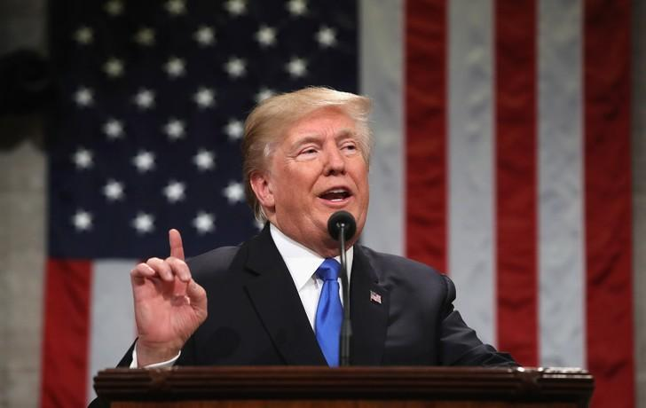 Coronavirus: Trump présente un plan de reprise de l'activité économique en trois phases
