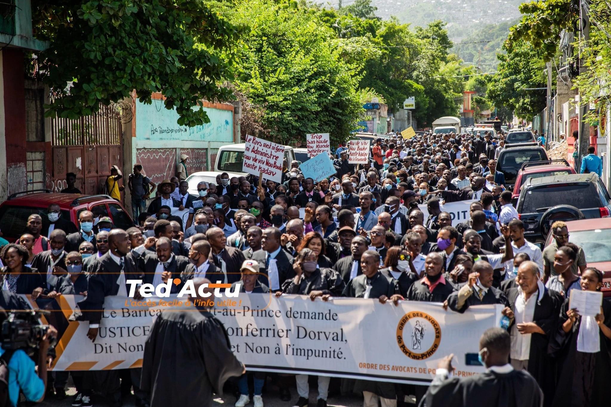 Haïti-Actualités: Des avocats ont investi les rues pour demander justice pour Me. Monferrier Dorval