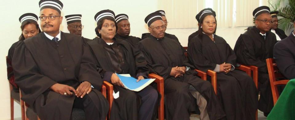 Haïti-Actualités:Flash! Les juges de la Cour supérieure des comptes ont approuvé le contrat signé entre l'état haïtien et la Compagnie Général Electric