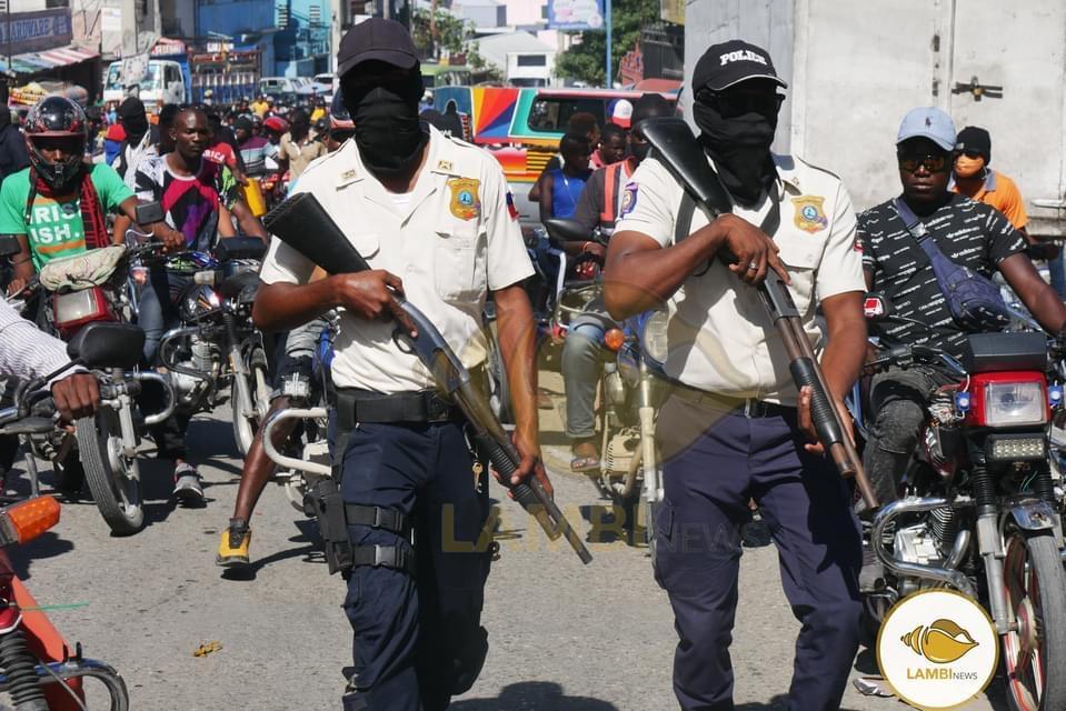 Ayiti-Aktyalite: Wo kòmadman polis nasyonal la idantifye 70 polisye ki nan Fantom 509