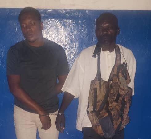 Ayiti-Ensekirite : Lapolis nan komin Aken met lapat sou 2 kidnapè