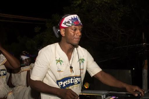 Ayiti- Kanaval: Dj Cash Cash te pèfòme nan vil podepè nan kad dènye dimanch pre kanaval