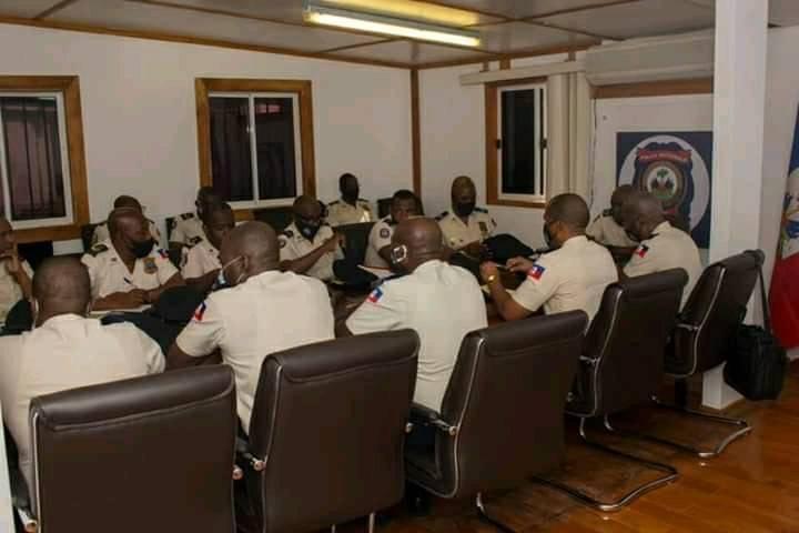 Ayiti-Ensekirite: Wo kòmandman lapolis la, reyini pou defini yon plan pou retabli sekirite nan peyi a