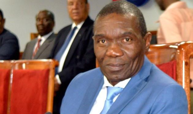 """Ayiti-Aktyalite : Prezidan ti rès Sena a, Joseph Lambert, Lanse """"Yon GRAN DYALOG NASYONAL"""""""