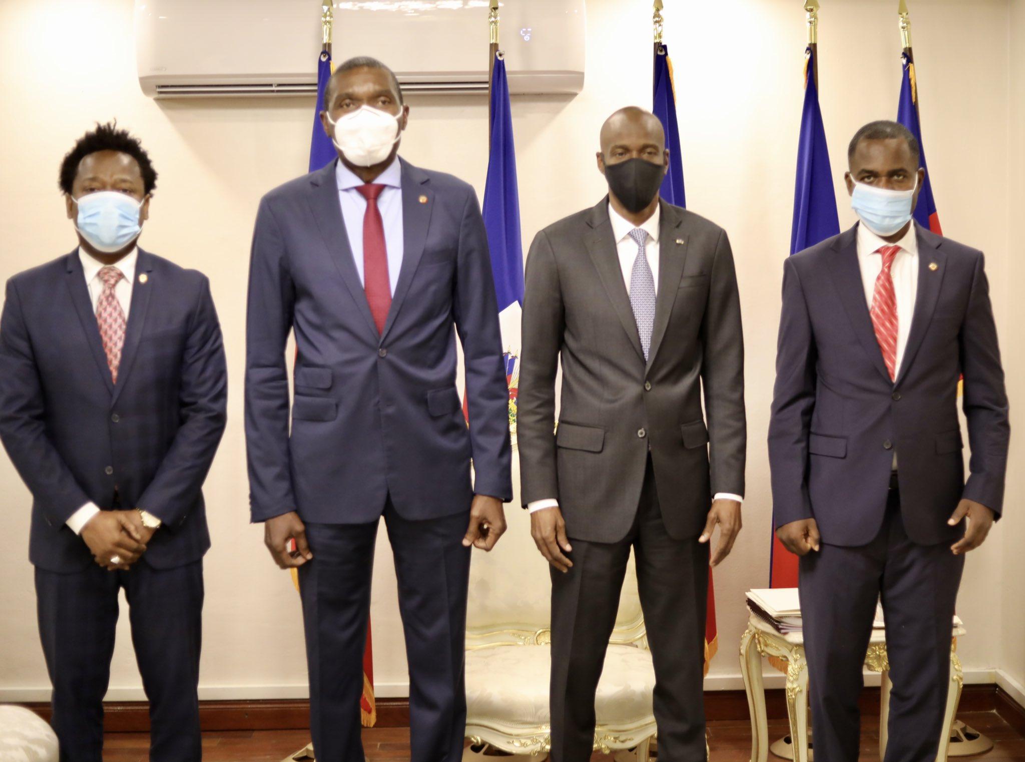 Ayiti-Aktyalite: Prezidan Jovenel Moïse, te rankontre  ak manm biwo chanm sena a