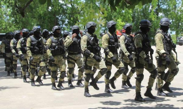 Ayiti-Aktyalite : 4 polisye mouri, 8 lòt blese nan yon operasyon